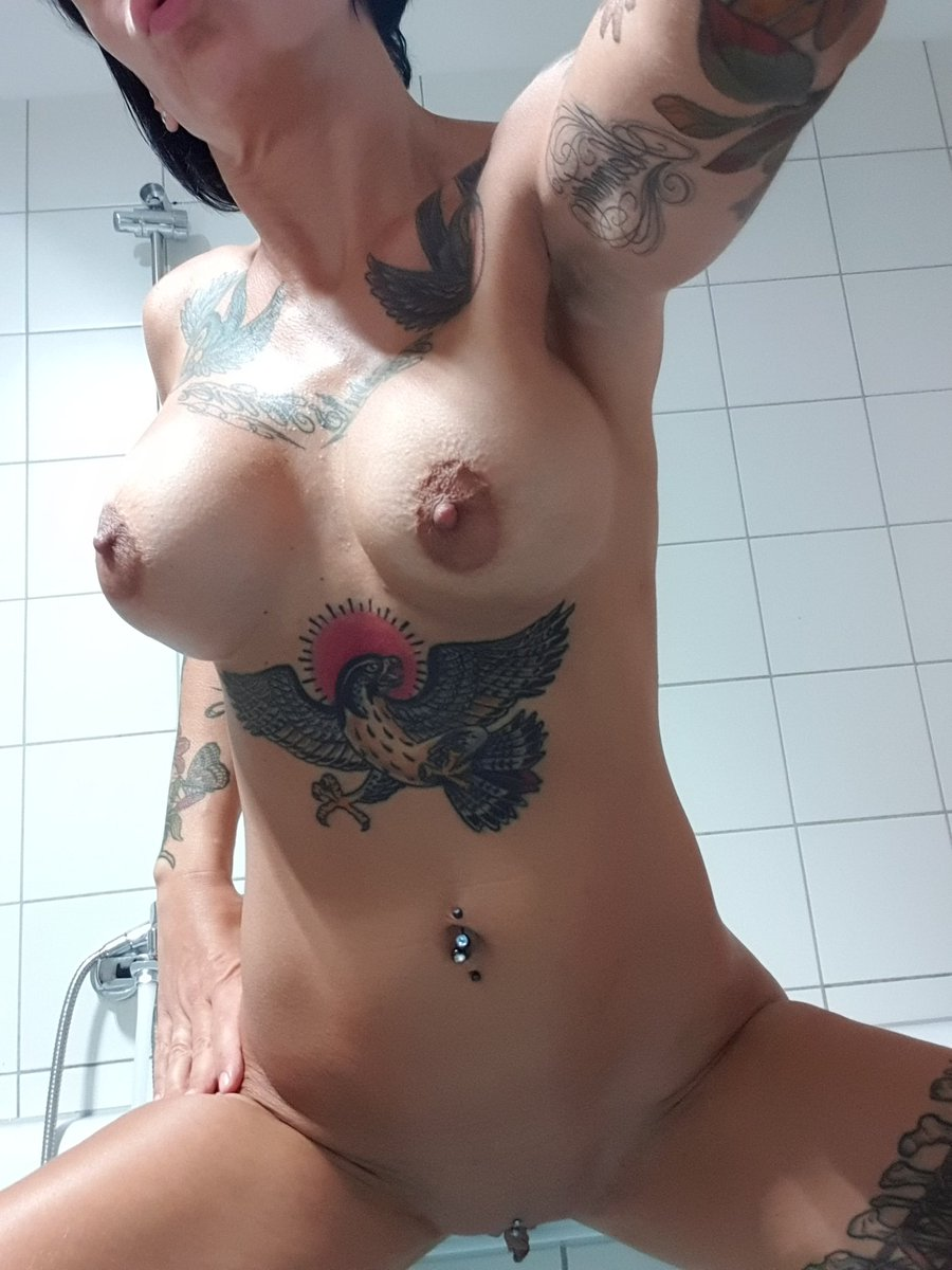 Grosse titten nackt